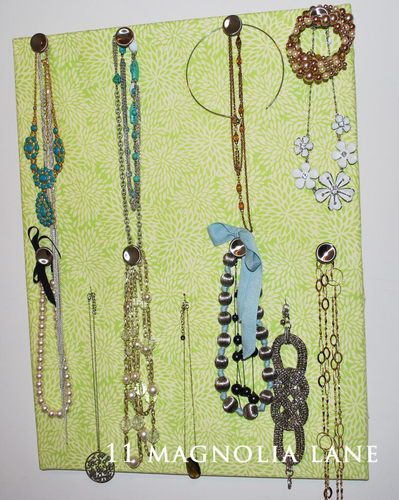 Jewelry organization board