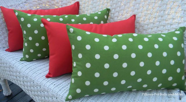 Merry Christmas Red And Green Polka Dot Pillows Giveaway