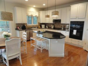 Kitchen Redo Reveal--From Darkness to Light!