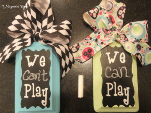 Easy, Sanity-Saving Craft Idea:  We Can/Can't Play Door Hanger