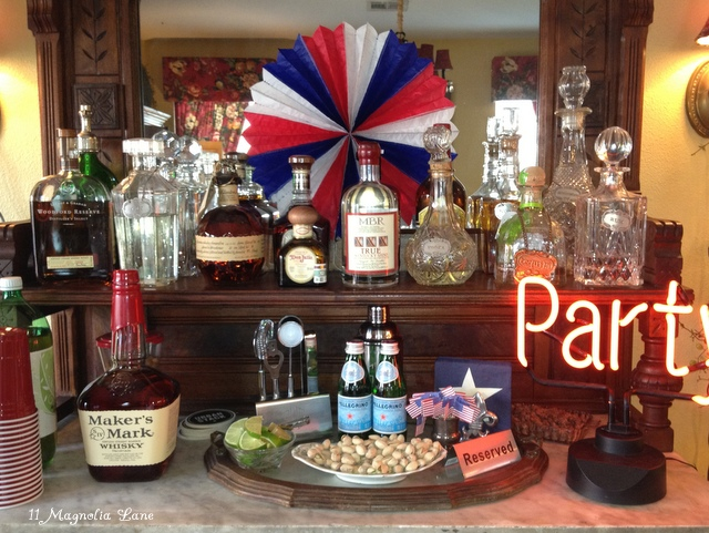 Red, white, & blue patriotic picnic for the 4th of July