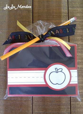 Fall Giveaway–Handmade Back-to-School Teacher Note Cards from JuJu Monkee!
