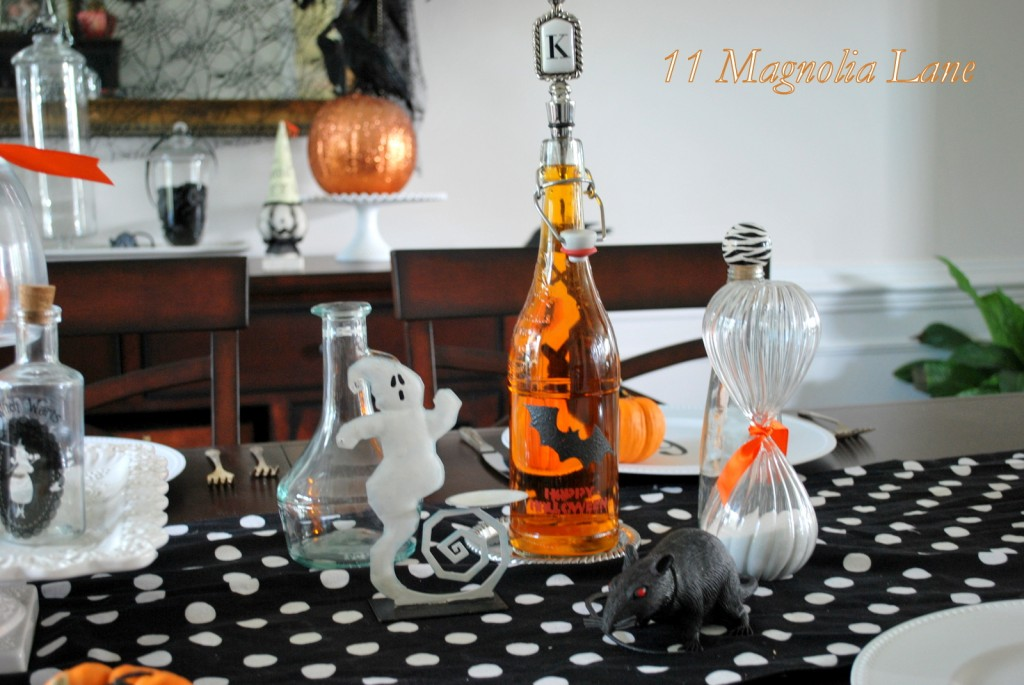 Creating A Halloween Tablescape Using Black White And