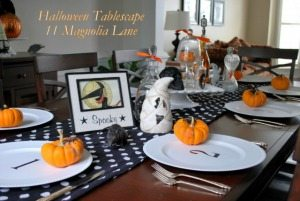 My Black and White Halloween Tablescape