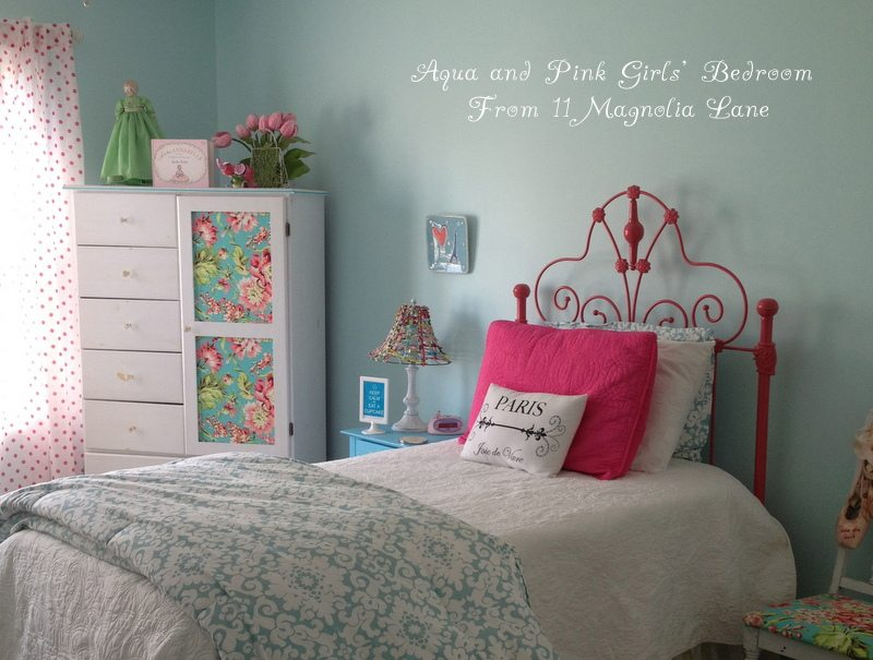 Aqua, hot pink, and green girls' bedroom at 11 Magnolia Lane