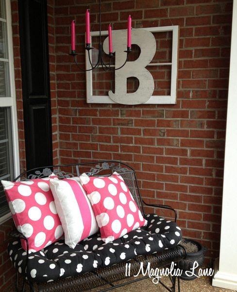Valentine's Day porch decor at 11 Magnolia Lane