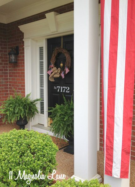 Memorial Day front porch in red, white, and blue | 11 Magnolia Lane