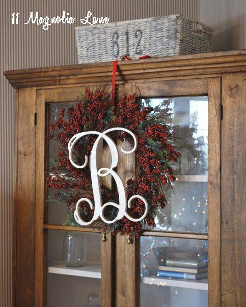 corner-cabinet-wreath