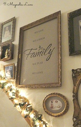 gallery-wall-stairs-family-sign-holiday