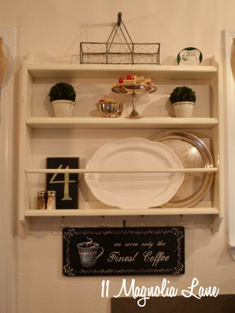 white plate rack silver boxwood