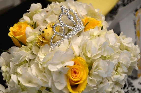 2flower-centerpiece-hydrangea-with-tiara