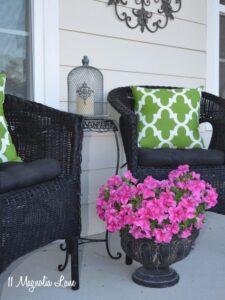 DIY Experiment:  Use Regular Spray Paint on Outdoor Cushions!