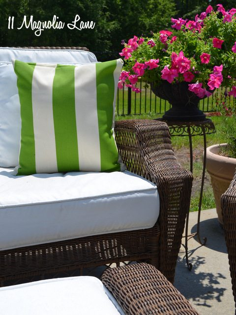DIY painted fabric outdoor cushions