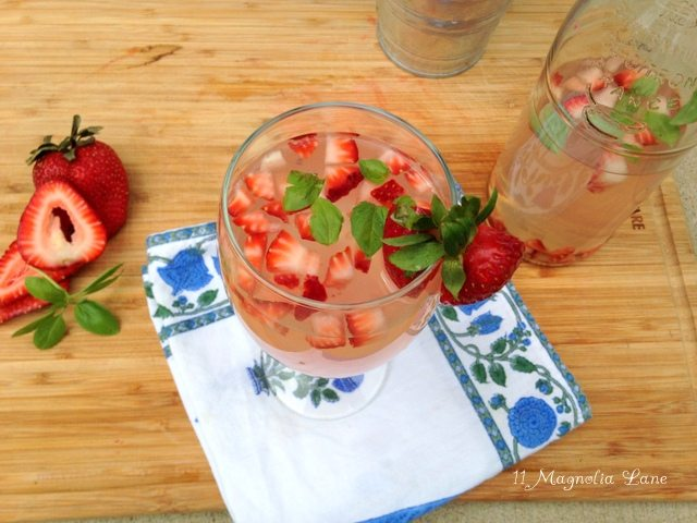 Strawberry_Basil_Fruit_Water