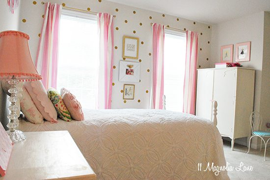 Gold And Pink Polkadot Girl S Room 11 Magnolia Lane