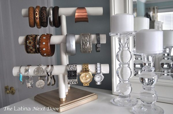 How to DIY a bracelet display holder from The Latina Next Door via Pretty Preppy Party