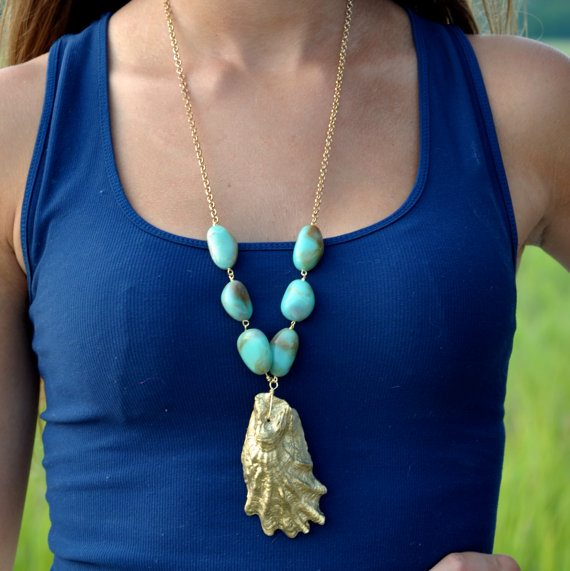 Pink & Gold Oyster Shell Necklace Giveaway | 11 Magnolia Lane