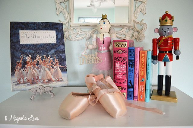 Nutcracker Ballet Christmas Decor | 11 Magnolia Lane