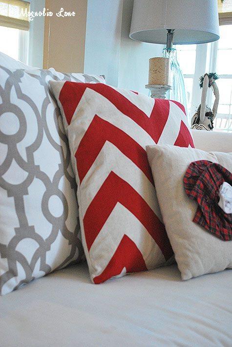 holiday-pillows