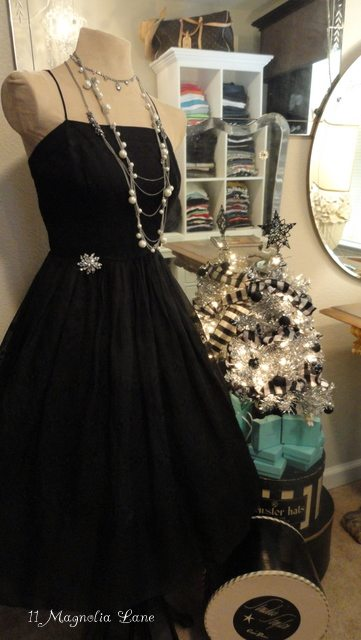 Vintage Audrey Hepburn dress and Tiffany-themed Christmas tree | 11 Magnolia Lane