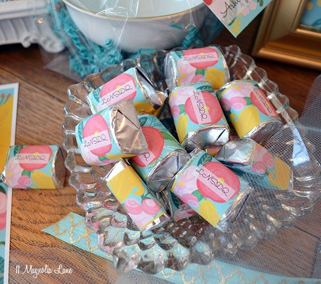 Free floral printable chocolate wrapper stickers | 11 Magnolia Lane
