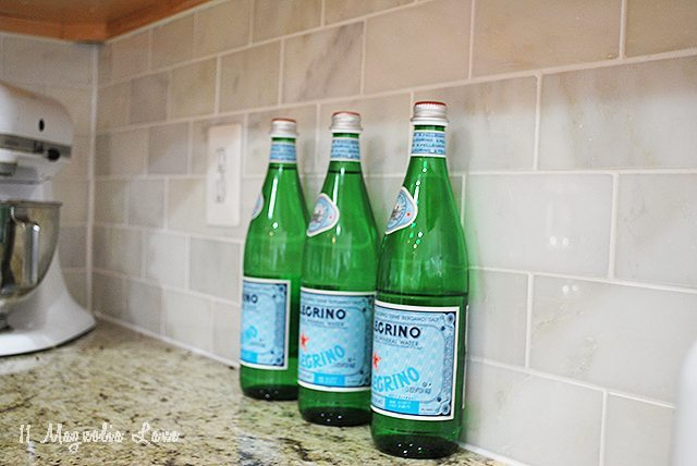 backsplash-bottles-2