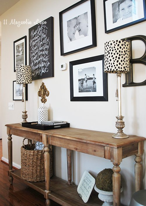 hallway-lamp-console-table