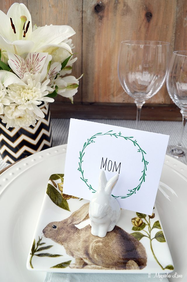 Printable wreath Easter table placards | 11 Magnolia Lane
