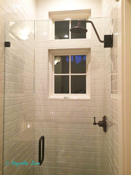inside-shower-beach