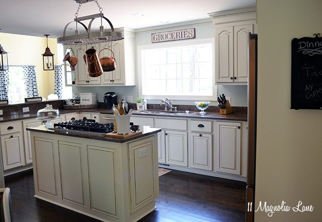 White French country kitchen | 11 Magnolia Lane