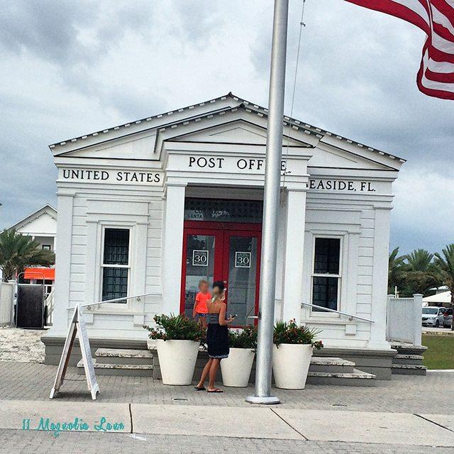 seaside-post-office