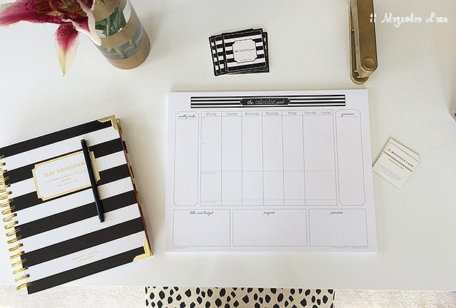 desktop-time-management-calendar-pad