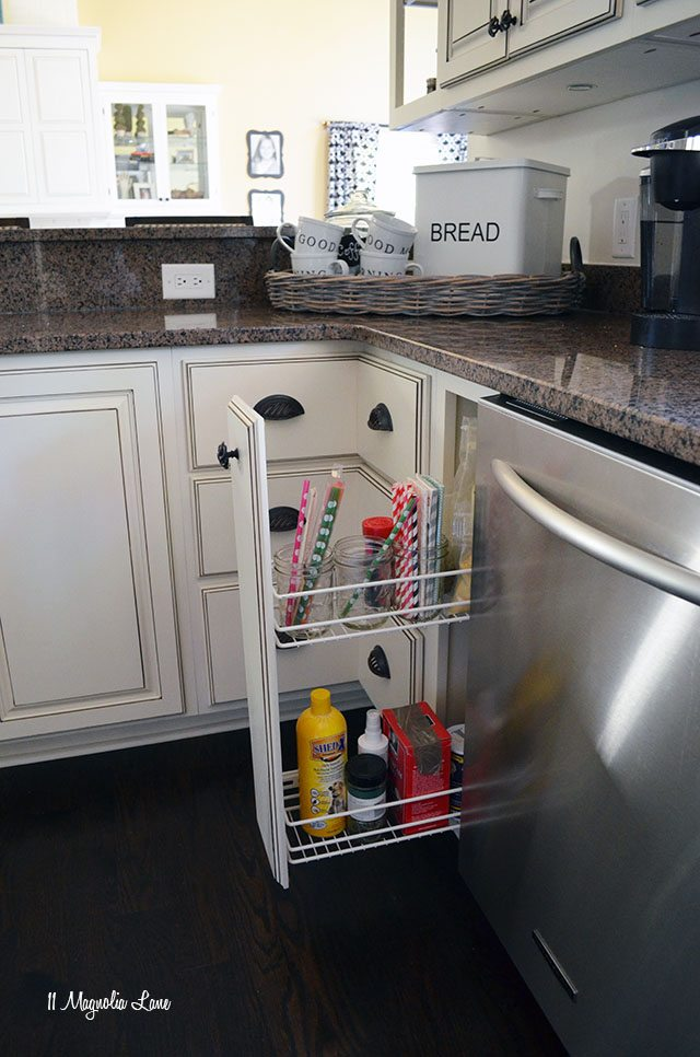 Creative kitchen cabinet storage and organization | 11 Magnolia Lane