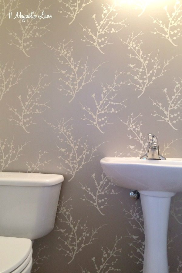 powder-room-papered
