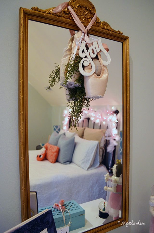 Nutcracker and ballet themed Christmas decor | 11 Magnolia Lane