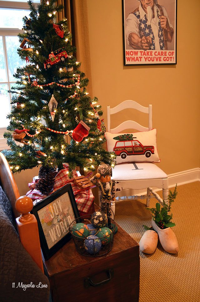 Teen boy room decorated for Christmas; woody; tree on car | 11 Magnolia Lane