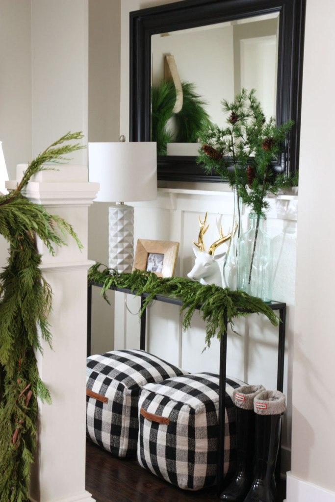 Holiday decor from LIfe on Virginia Street as part of the Holiday Open House from 11 Magnolia Lane