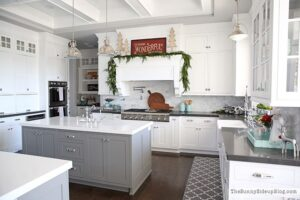 Erin from Sunny Side Up's gorgeous home decorated for the holidays