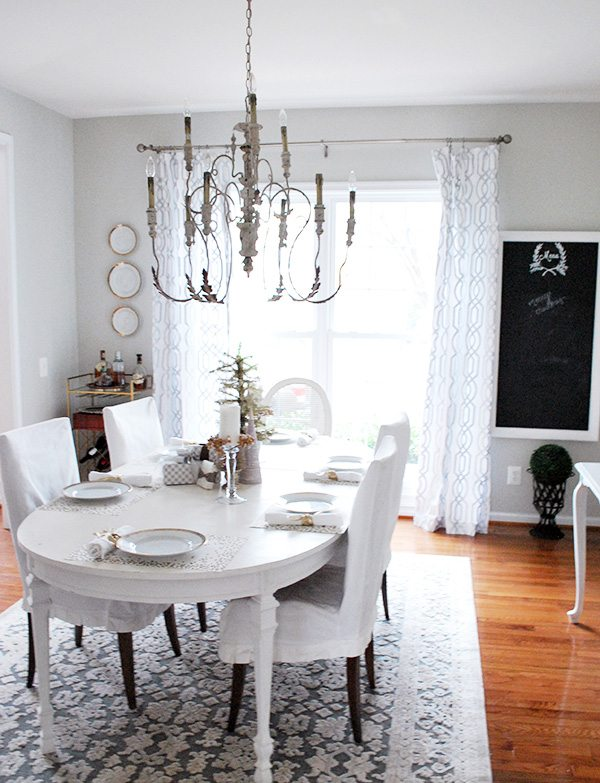 dining-room-holiday-tour2