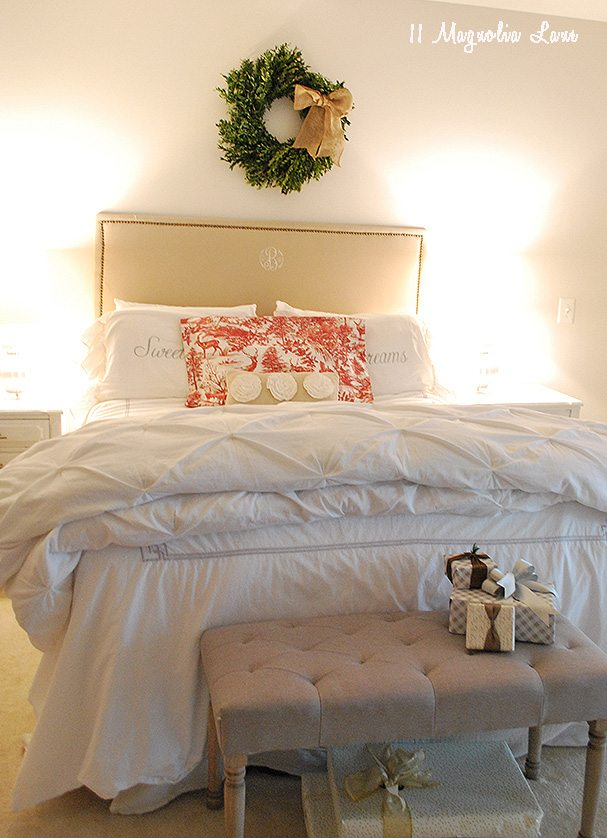 master-bedroom-holiday