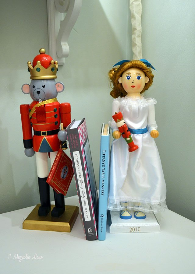 Mouse King and Clara Nutcracker bookends | 11 Magnolia Lane