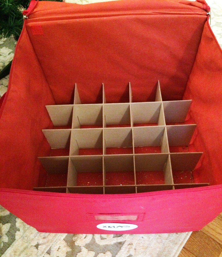 tree-ornament-organizer