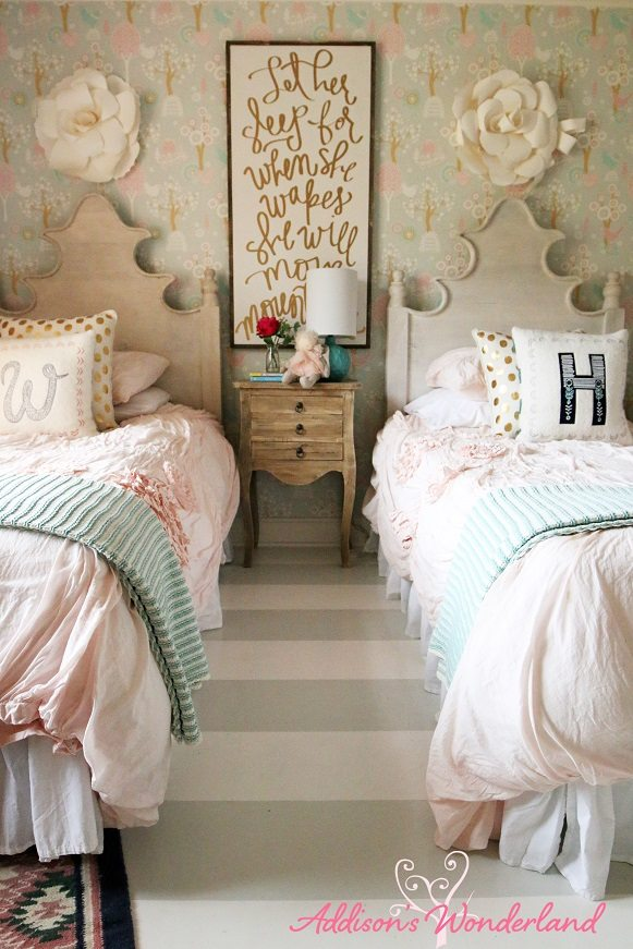 Winters-Big-Girl-Room-17L-2