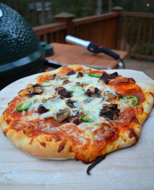 Wood Fired Pizza on the Grill AND a Giveaway