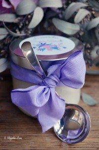 Lavender sugar scrub recipe with free printable labels | 11 Magnolia Lane