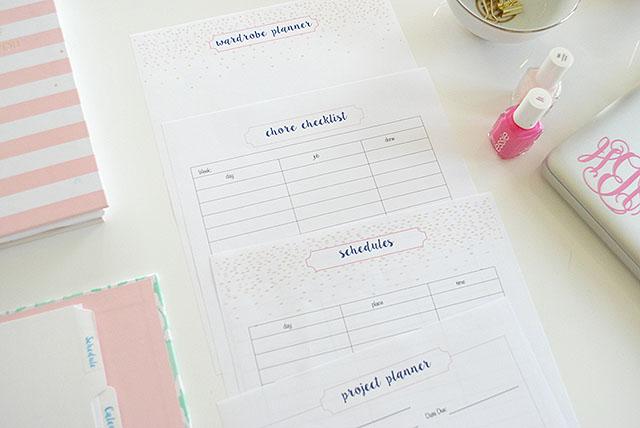 student-planner-schedule-chore-list-wardrobe-planner