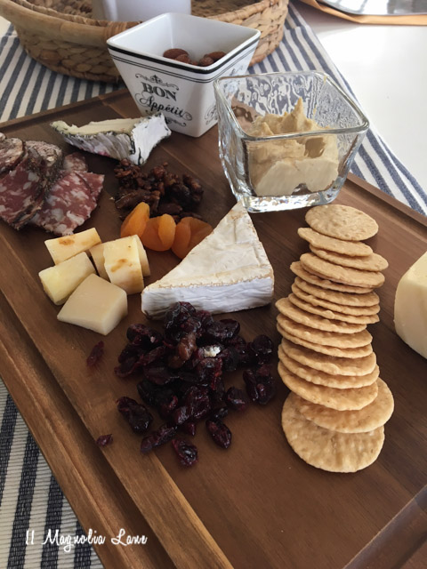How-to-make-a-Cheese-Board-DIY-5