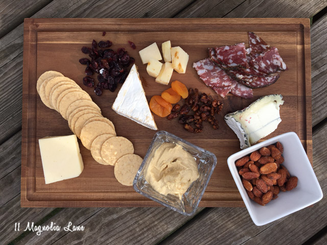 diy serving tray and cheese board entertaining ideas 11