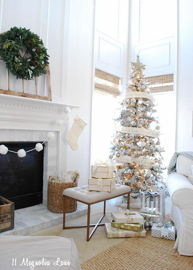 amy-11-magnolia-lane-holiday-home-tour-2016-11
