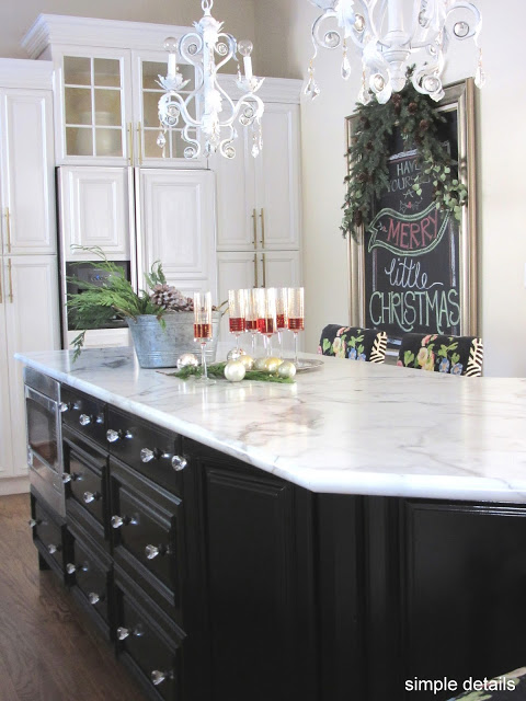 modern-christmas-tour-2016-kitchen-1-simple-details